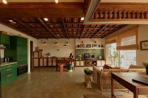 Nhà chung cư có mái ngói âm dương