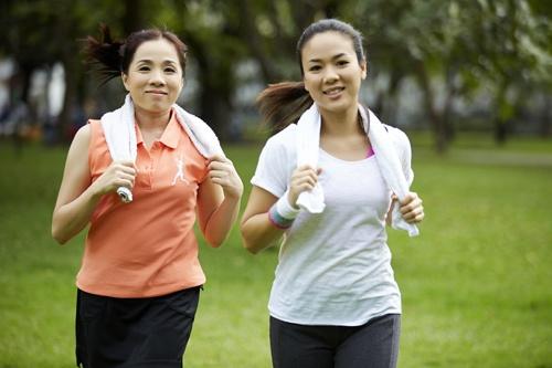 Nghiên cứu Đại học Harvard chỉ ra 6 thói quen giúp phụ nữ trẻ lâu, sống thọ lúc nào cũng thanh xuân